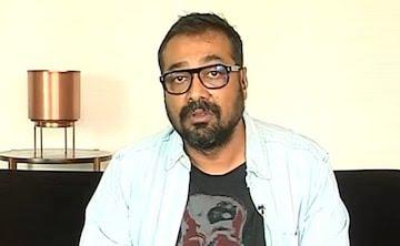 अनुराग कश्यप ने पीएम मोदी पर साधा निशाना तो सिंगर बोलीं- नाकामी बर्दाश्त नहीं होती है, इसलिए पीएम...